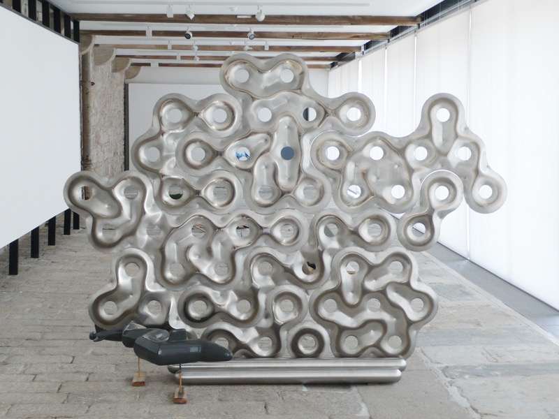 BILL WOODROW - Sculpture